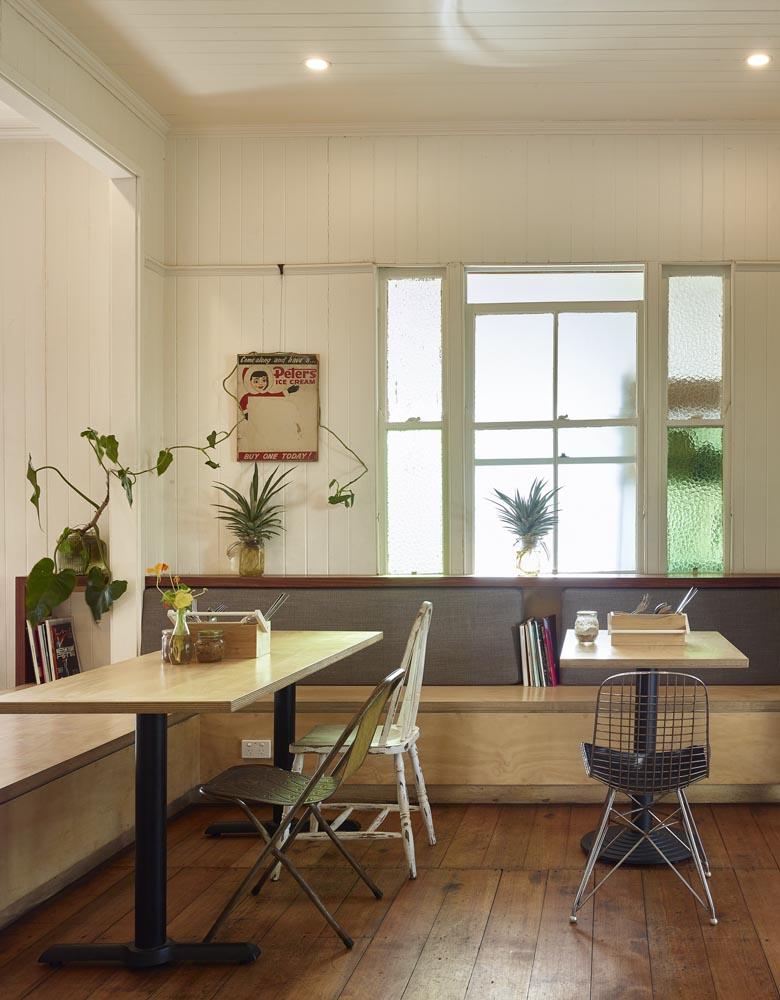 Neoighbourhood Coffee Roasters by ARCKE